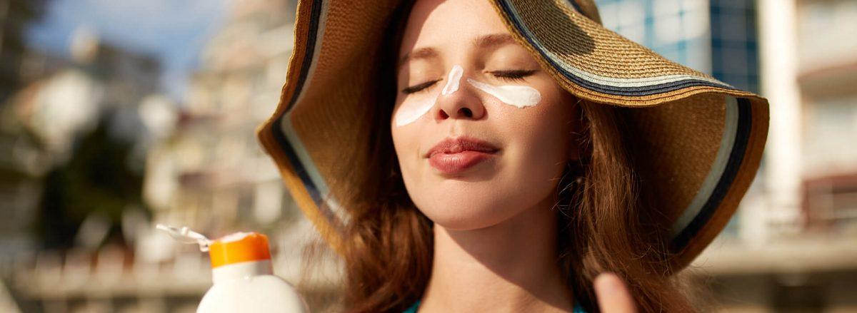 Escolha o melhor protetor solar e fique tranquila.